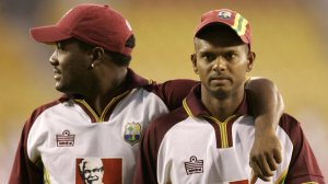 Brian Lara has not been pleased with how the WICB Selectors haev cast away Chanderpaul© AFP