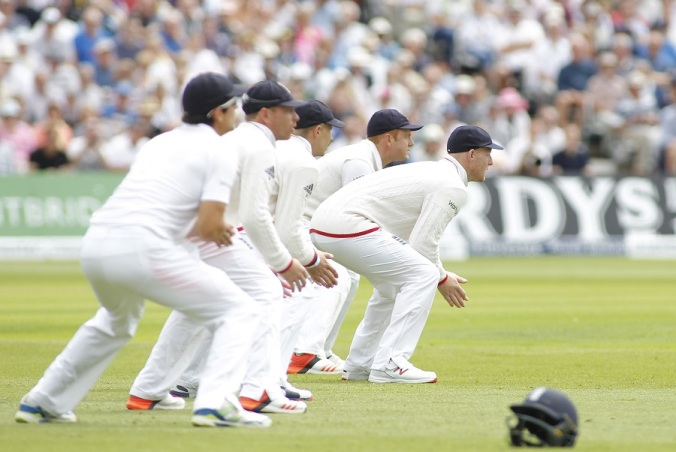 England's slip cordon was kept busy on the first morning, England v Australia, 4th Investec Test, Trent Bridge, 1st day, August 6, 2015 © Mitchell Gunn/Getty Images)
