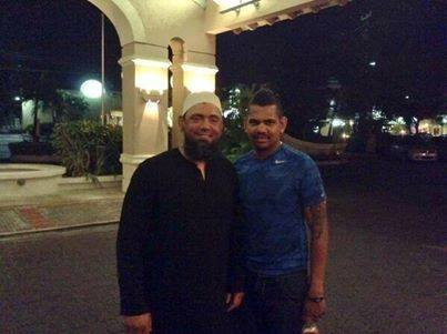 It was reported that Sunil Narine sought the assistance of spin wizard Saqlain Mushtaq to remedy his bowling action after being first called in 2014.